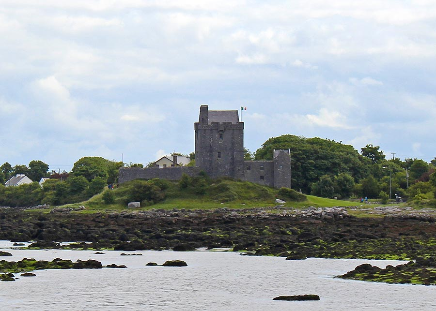 Dunguaire Castle