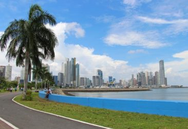 Avienda Balboa and the Panama City skyline