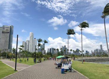 Avienda Balboa in Panama City, Panama