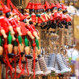How to Find the Best Vacation Souvenirs