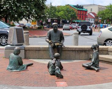 Kunta Kinte Memorial