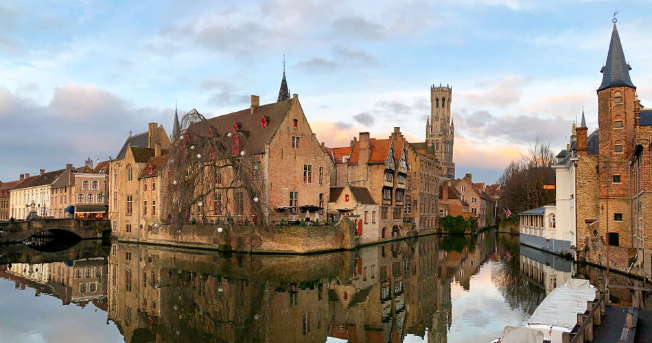 New Year s Eve in Bruges  Sightseeing and Singing to Start the Year d6c0f0938033