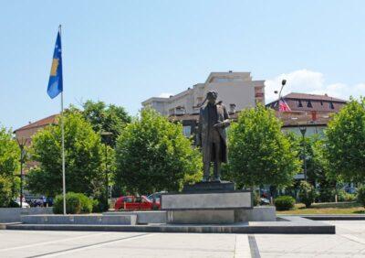 Ibrahim Rugova statue in Kosovo