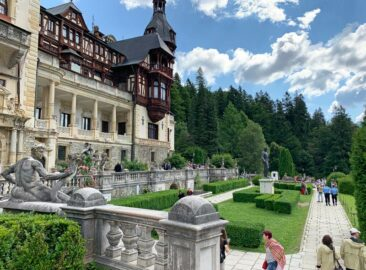 Peles Castle Gardens, Romania