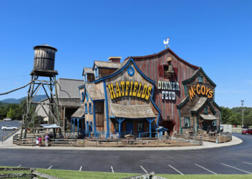 Hatfields and McCoys Dinner Feud in Pigeon Forge, Tennessee