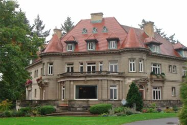 The Pittock Mansion - Image via Wikipedia