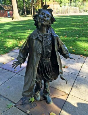 Beverly Cleary Sculpture Garden in Portland