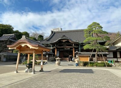 Sengakuji Temple, home of the Forty Seven Ronin in Tokyo, Japan