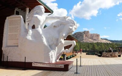 Model of the final version of the Crazy Horse Memorial.