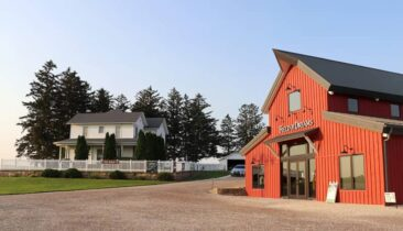 Field of Dreams House and Gift Shop